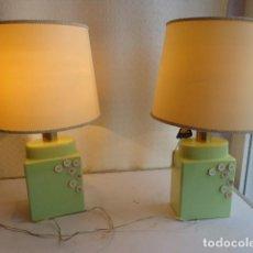 Vintage: PAREJA DE 2 ANTIGUAS (AÑOS 60 RETRO VINTAGE), Y BONITS LAMPARAS DE BUENA PORCELANA FUNCIONANDO. Lote 121840651