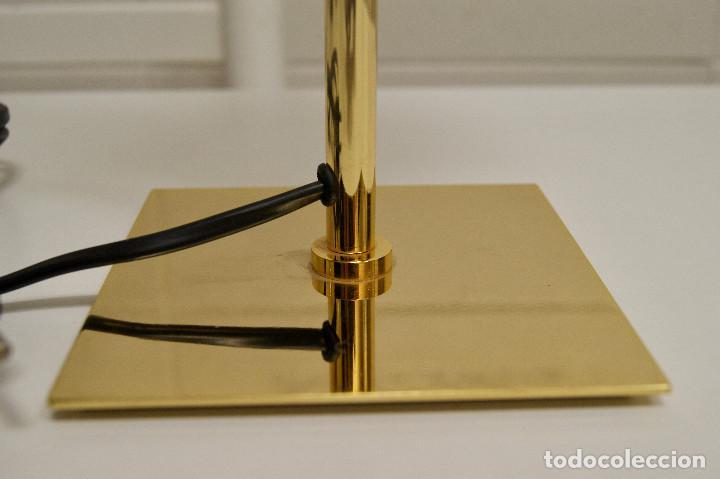 Vintage: Lámpara sobremesa vintage oro brillo tulipa amarilla - Foto 3 - 121979859