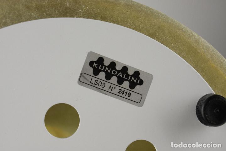 Vintage: lampara sobremesa E.T.A. Baby Kundalini fibra vidrio Italia - Foto 4 - 124587467