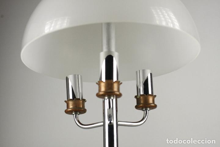 Vintage: lámpara sobremesa Lyma metal cromado metacrilato vintage retro space age España años 70 - Foto 2 - 124590027