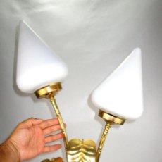 Vintage: BESTIAL LAMPARA 90CM VINTAGE HOJAS DORADAS ESTILO MAISON CHARLES . Lote 127983927