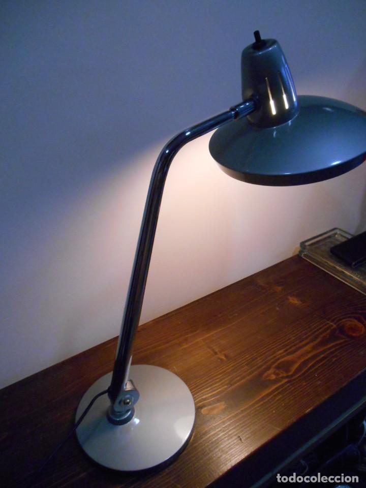 Vintage: LAMPARA MARCA FASE - MODELO FARO - COLOR GRIS/CROMO - AÑOS 70 - VINTAGE RETO -ORIGINAL - - Foto 6 - 128463251