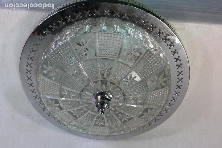 Vintage: lampara plafon de techo en metal y tulipa de cristal tallado - Foto 3 - 130264574