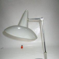 Vintage: LAMPARA VINTAGE MIDCENTURY BUENISIMO ESTADO TIPO NORDICA STILNOVO. Lote 130280934