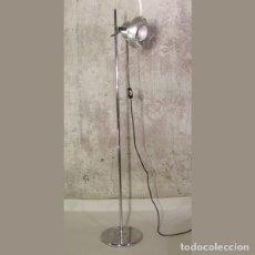 Vintage: LAMPARA DE PIE VINTAGE DE KAISER CROMADA. 1950 - 1959. Lote 131298119
