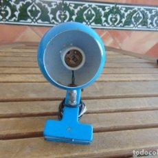 Vintage: LAMPARA DE FOCO REDONDO DE PINZA COLOR AZUL. Lote 133001958