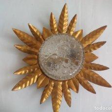 Vintage: LAMPARA DE SOL APLIQUE DE TECHO O PARED HIERRO FORJA DORADA. NO ESPEJO. Lote 133640498
