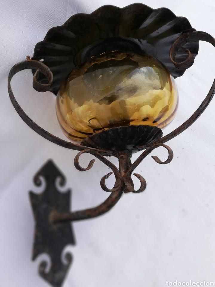 LAMPARA FAROL APLIQUE DE PARED DE HIERRO FORJADO. (Vintage - Lámparas, Apliques, Candelabros y Faroles)