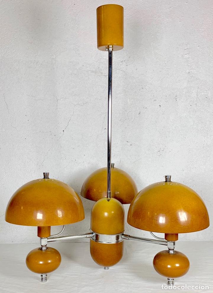 LÁMPARA DE TECHO VINTAGE DISEÑO RETRO TIPO CHAMPIÑÓN, AÑOS 60-70 (Vintage - Lámparas, Apliques, Candelabros y Faroles)