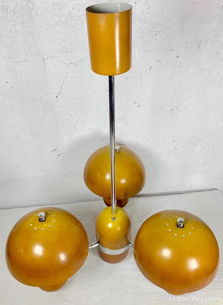 Vintage: Lámpara de techo vintage diseño retro tipo champiñón, años 60-70 - Foto 2 - 140867304