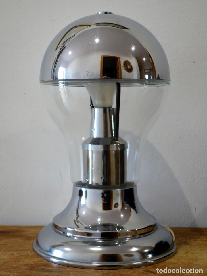 LÁMPARA DE MESA VINTAGE CROMADA ESTILO SPACE AGE AÑOS 60 (Vintage - Lámparas, Apliques, Candelabros y Faroles)