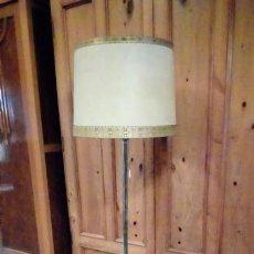 Vintage: LAMPARA MESA VINTAGE-. Lote 148025258