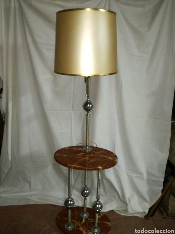 LAMPARA DE PIE VINTAGE CON MESITA TELEFONERA O AUXILIAR (Vintage - Lámparas, Apliques, Candelabros y Faroles)