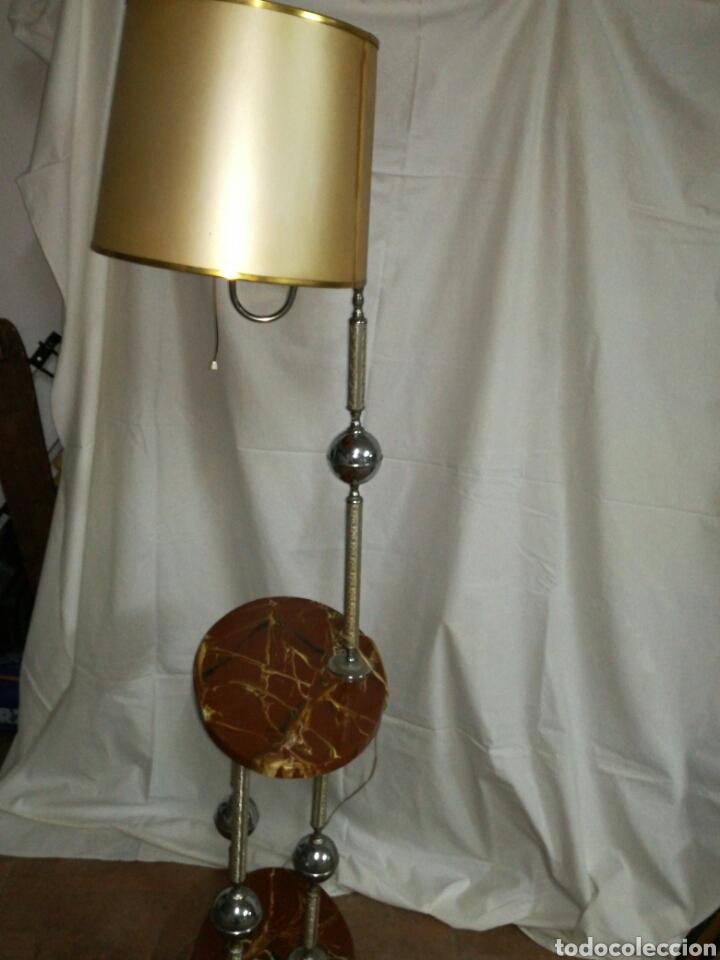 Vintage: Lampara de pie vintage con mesita telefonera o auxiliar - Foto 5 - 148659984