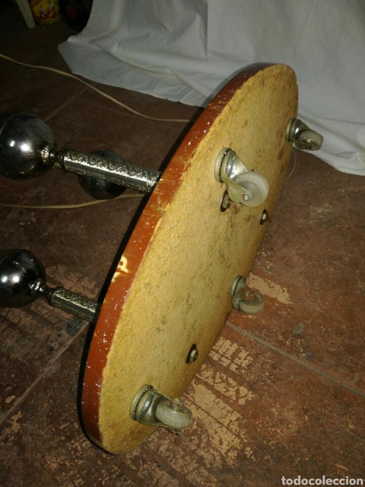 Vintage: Lampara de pie vintage con mesita telefonera o auxiliar - Foto 6 - 148659984
