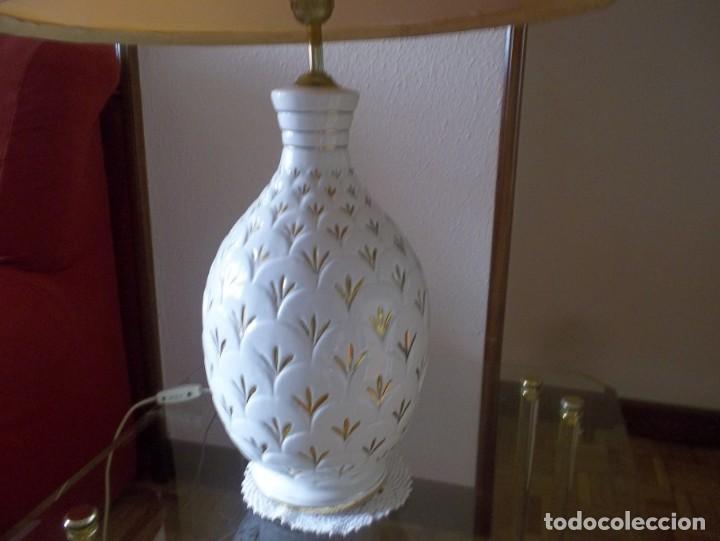Vintage: LAMPARA SOBREMESA--PIE PORCELANA CON DORADO-PINTADA A MANO-AÑO 80 - Foto 6 - 148704586