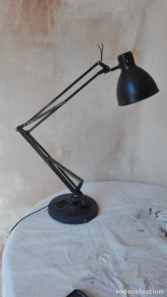 LAMPARA INDUSTRIAL DE ESCRITORIO (Vintage - Lámparas, Apliques, Candelabros y Faroles)