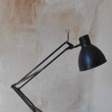 Vintage: LAMPARA INDUSTRIAL DE ESCRITORIO. Lote 149375362