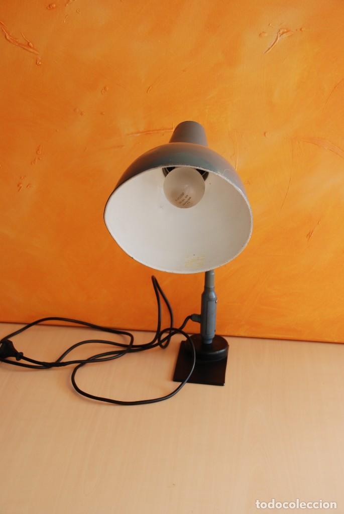 Vintage: Antigua lampara flexo industrial - Foto 2 - 150236602