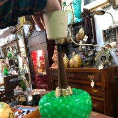 Vintage: PRECIOSA LAMPARA VINTAGE CON TULIPA DE CRISTAL MURANO - MEDIDA TOTAL 37 CM. Lote 155815162