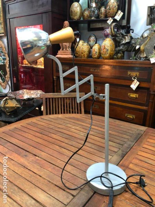 FANTASTICA LAMPARA DE MESA EXTENSIBLE - VINTAGE - INDUSTRIAL (Vintage - Lámparas, Apliques, Candelabros y Faroles)