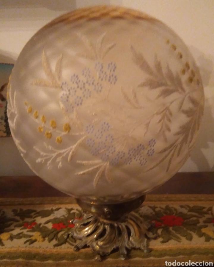LAMPARA GLOBO VINTAGE CON EMBELLECEDOR DE BRONCE (Vintage - Lámparas, Apliques, Candelabros y Faroles)