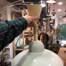 Vintage: PRECIOSA LAMPARA OVNI CON MEDIDA 38X42 CM - SE PUEDE ALARGAR - AÑOS 70. Lote 156825990