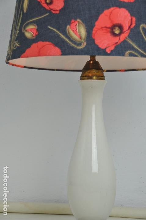 Vintage: Lámpara sobremesa pie de porcelana - Foto 4 - 158874566