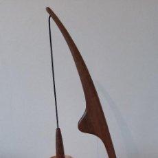 Vintage: LAMPARA DE DISEÑO FRANCÉS AÑOS 50. Lote 159286522