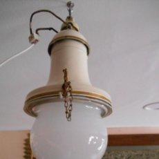 Vintage: ANTIGUA LAMPARA DE TECHO, FAROL TIPO BARCO DE CHAPA ESMALTADA Y TULIPA DE CRISTAL - AÑOS 40 -. Lote 161083286