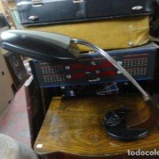 Vintage: VINTAGE LAMPARA DE DESPACHO FASE MODELO FALUX , MADERA 3 TUBOS EN COLOR NEGRO SIN DIFUSOR. Lote 161722934