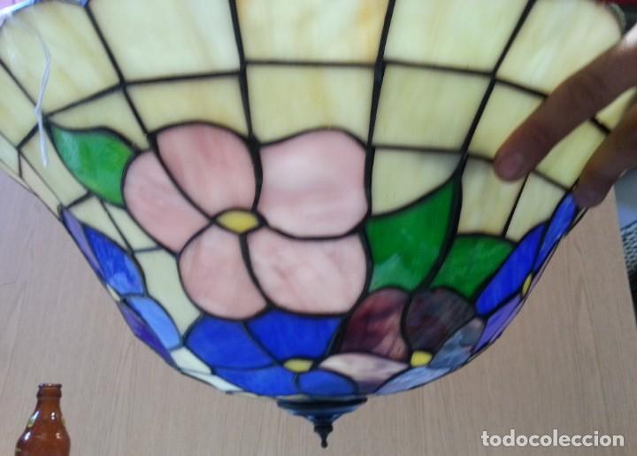 Vintage: Lámpara de techo estilo Tiffany. Años 90. Buen estado general. - Foto 3 - 161790954