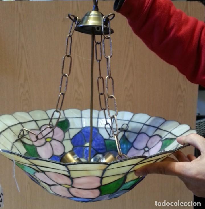 Vintage: Lámpara de techo estilo Tiffany. Años 90. Buen estado general. - Foto 4 - 161790954