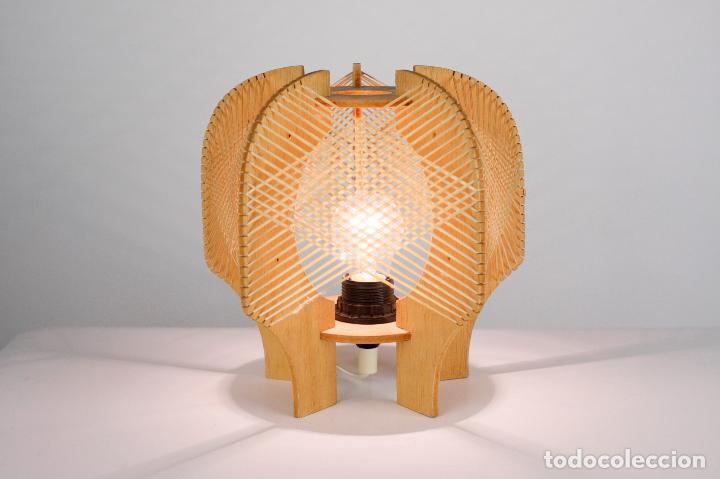 LAMPARA SOBREMESA MADERA RAFIA ESTILO NORDICO AÑOS 70 VINTAGE (Vintage - Lámparas, Apliques, Candelabros y Faroles)