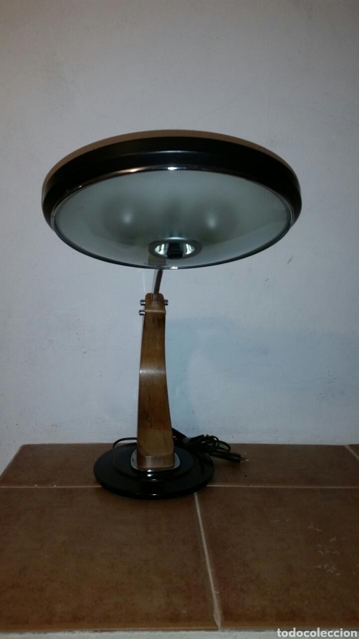 LAMPARA VINTAJE DE SOBREMESA- FASE MODELO PRESIDENT AÑO 60/70 (Vintage - Lámparas, Apliques, Candelabros y Faroles)