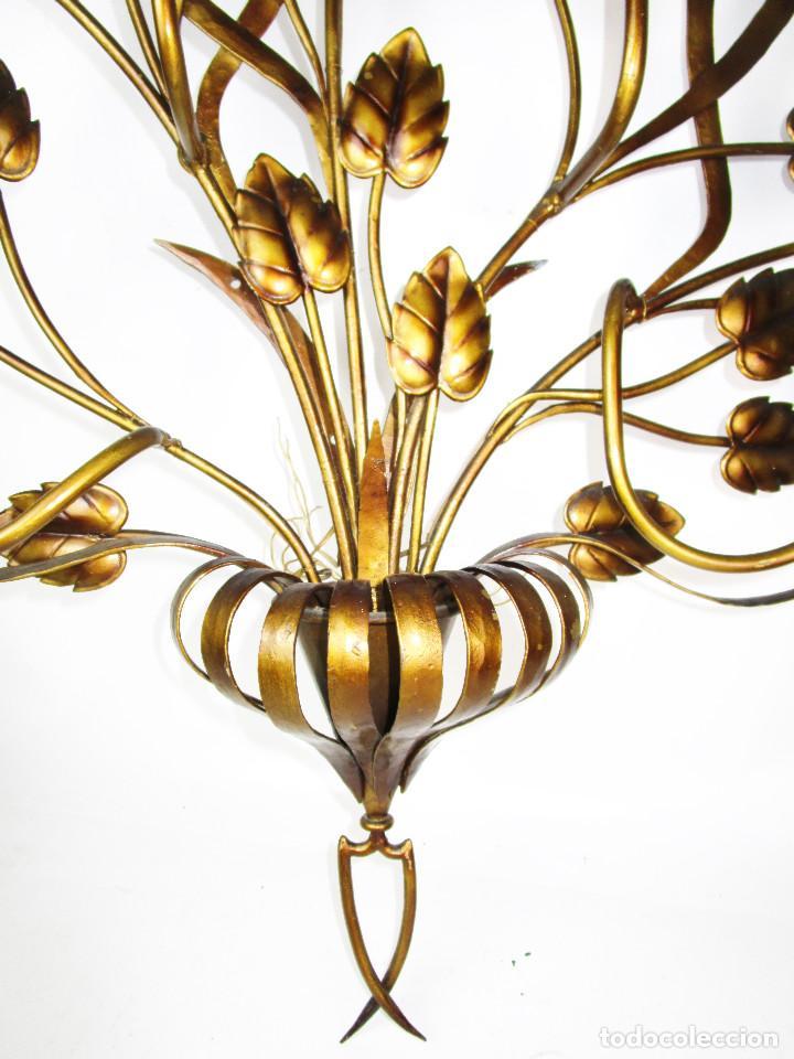 Vintage: SUPER LAMPARA APLIQUE 100X105CM!!!!!! HIERRO FORJA DORADA REGENCY AÑOS 50 - Foto 3 - 165729498