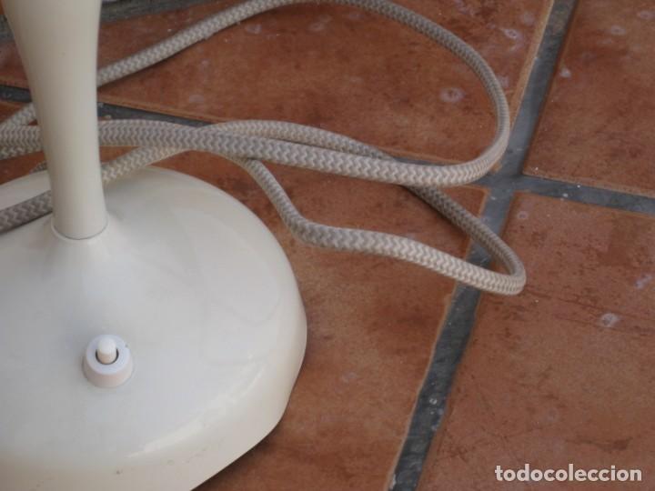 Vintage: Lámpara de mesa Vintage. - Foto 3 - 167866404