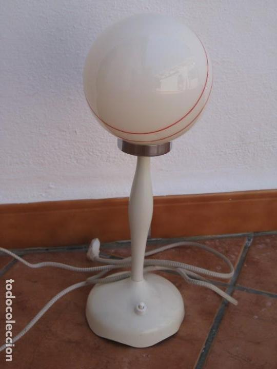 LÁMPARA DE MESA VINTAGE. (Vintage - Lámparas, Apliques, Candelabros y Faroles)