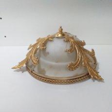 Vintage: BONITA LAMPARA O PLAFON DE TECHO EN BRONCE Y CRISTAL FUMADO. VINTAGE Y MUY DECORATIVA. Lote 167956386