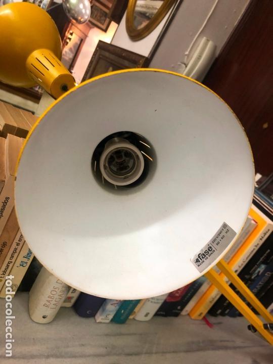 Vintage: LAMPARA FLEXO FASE COLOR AMARILLO - MEDIDA 1 METRO - Foto 2 - 169208624