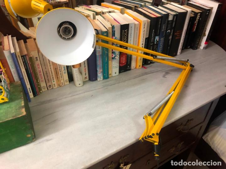 LAMPARA FLEXO FASE COLOR AMARILLO - MEDIDA 1 METRO (Vintage - Lámparas, Apliques, Candelabros y Faroles)
