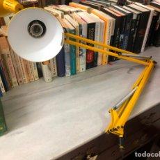 Vintage: LAMPARA FLEXO FASE COLOR AMARILLO - MEDIDA 1 METRO. Lote 169208624