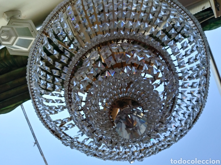 ELEGANTE LAMPARA DE CRISTAL. AÑOS 70 RECIEN REVISADA /MIDE 46 DE DÍAMETRO SUPERIOR Y 36 DE ALTUR (Vintage - Lámparas, Apliques, Candelabros y Faroles)