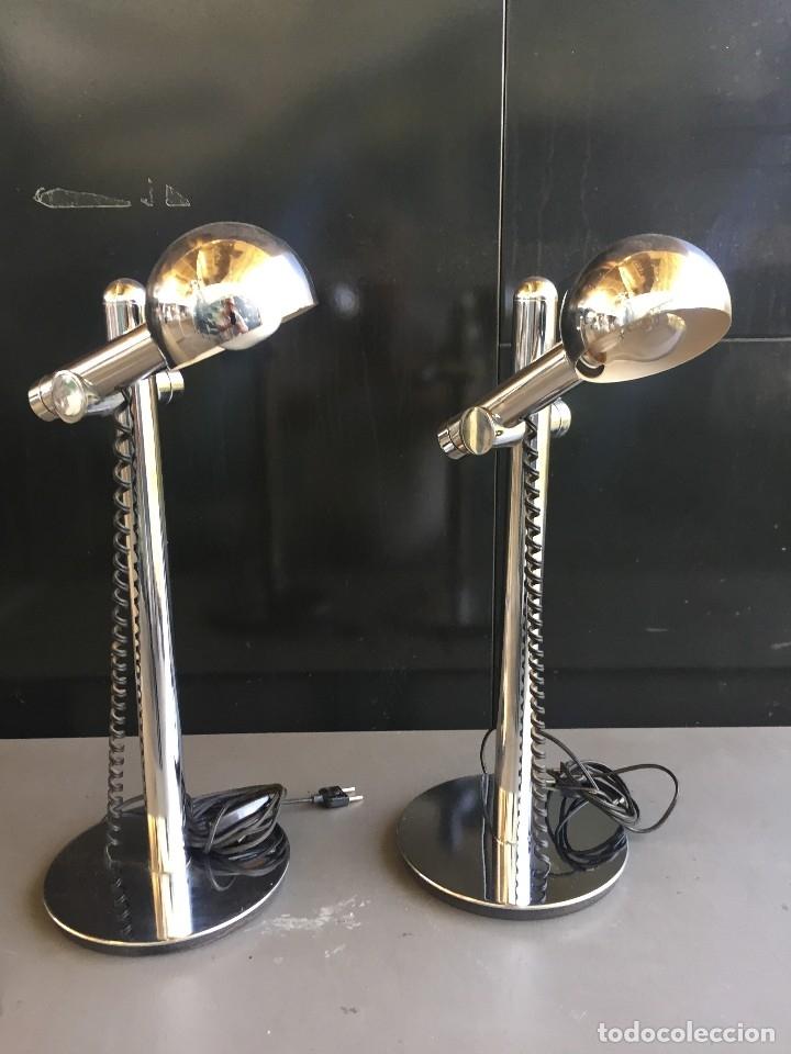 PAREJA (2) DE LAMPARAS DE MESA CROMADAS DE LOS AÑOS 70 (Vintage - Lámparas, Apliques, Candelabros y Faroles)