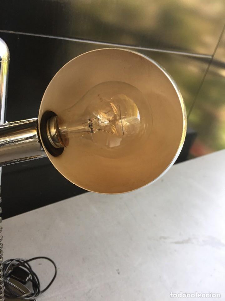 Vintage: PAREJA (2) DE LAMPARAS DE MESA CROMADAS DE LOS AÑOS 70 - Foto 4 - 117130931