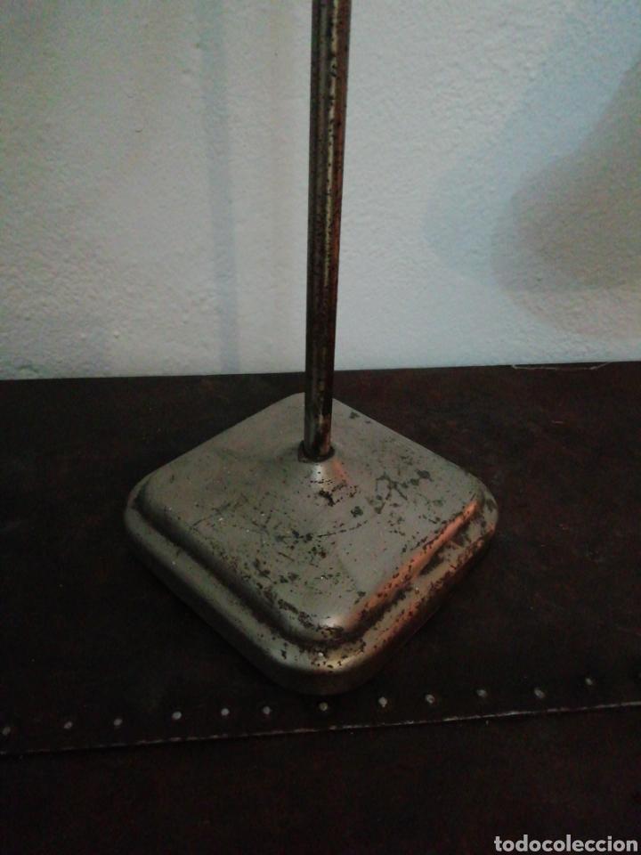 Vintage: Lámpara de sobremesa industrial - Foto 2 - 170574358