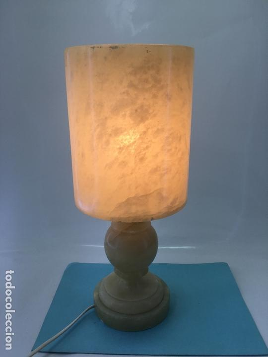 Vintage: LAMPARA DE ALABASTRO PARA SOBRE-MESA, EN FORMA DE COPA, DECORACION EL BETEADO DEL ALABASTRO - Foto 11 - 170868075