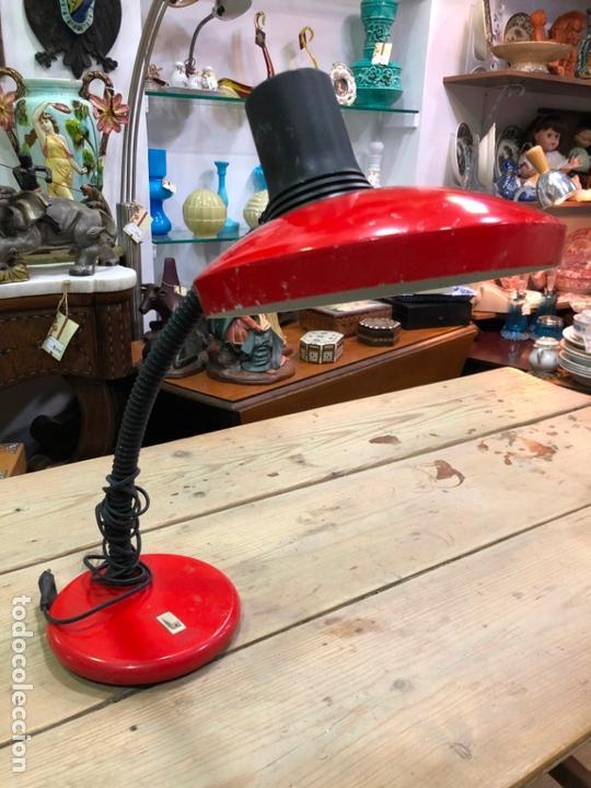 LAMPARA DE ESTUDIO FLEXO MARCA FASE COLOR ROJO (Vintage - Lámparas, Apliques, Candelabros y Faroles)