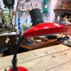 Vintage: LAMPARA DE ESTUDIO FLEXO MARCA FASE COLOR ROJO. Lote 170919415