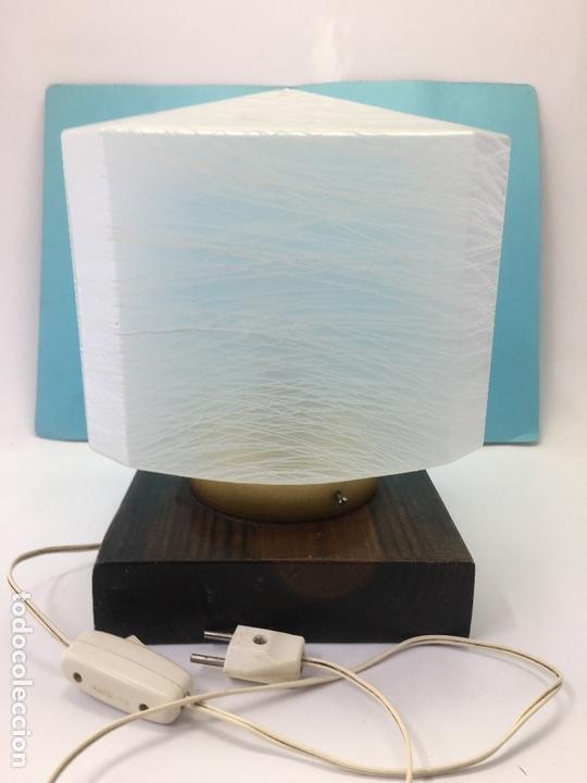 Tilipa Con Octagonal Lampara En Blanca Cristal Rayas Vintage De Sobre Mesa Glaseado BWerdCxo